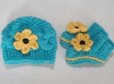 Hand knit  Hat and Booties/ Black Eyed Susan / NB-6