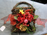 Grapevine Wall Basket red roses Christmas balls star pinecone sheer gold dots wall decor decoration Holiday