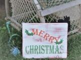 """Vintage-look """"Merry Christmas""""."""