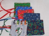 Set of 6 mini Christmas rolls will hold 4 crayons