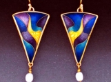 SBFCE6 Triangle Earrings
