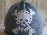 GREY SKULL AND CROSSBONES