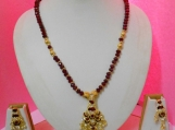 Designer Red crystak beads&Metal work Necklace Earring Set
