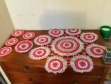 Crochet table set red